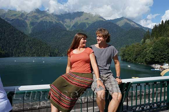 Озеро Рица в горах Абхазии